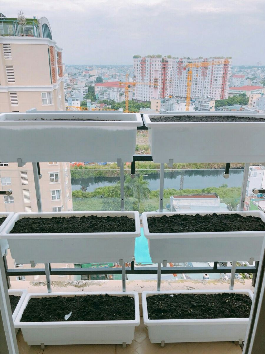 kệ trồng rau treo lang cang