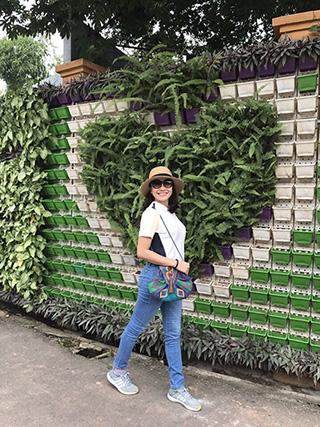 thiết kế tường cây đẹp hcm