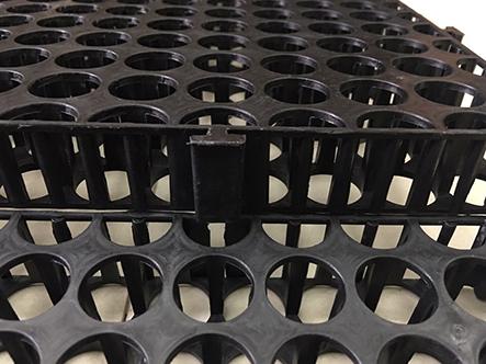 Sản phẩm vỉ thoát nước tại công ty Quang Anh